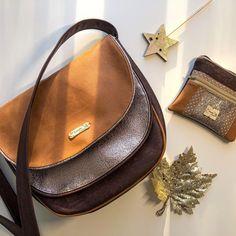 @les_poupinettes__creations sur Instagram: ✨Ma dernière création 👜✨ 🌹Toujours le modèle #musette de chez Sacôtin, un modèle que j'adore coudre, accompagné de sa pochette assortie le…