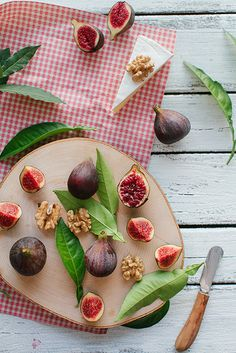 Figs & Cheese { @Editors @ COCOLILY Magazine heart this! }