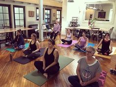 We had a mindful morning at this morning! It was a beginners class and we focused on alignment flexibility balance and strength. Let your yoga mat be your favorite place to come a place where you except yourself with love. Just keep showing up.