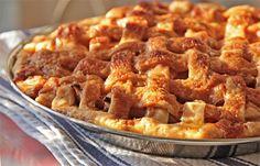 Caramel Apple Pie - This family's favorite apple pie! | mjskitchen.com Homemade Apple Pies, Apple Pie Recipes, Sweet Recipes, Yummy Recipes, Dessert Salads, Pie Dessert, Roasted Apples, Crisp Recipe, Sliced Apples