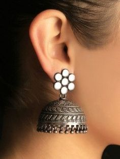 Gold And Silver Earrings Hoops Referral: 4884097971 Silver Jhumkas, Silver Jewellery Indian, Tribal Jewelry, Metal Jewelry, Silver Jewelry, Silver Ring, Antique Earrings, Silver Earrings, Antique Jewelry