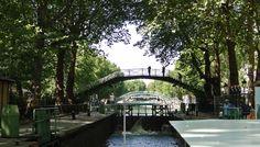 """Canal Saint Martin (10ème) - métro """"République"""" (lignes 3, 5, 8, 9 et 11), """"Goncourt"""" (ligne 11) et """"Jacques Bonsergent"""" (ligne 5)"""