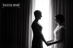 Blog | Kristen Wynn Photography | Pittsburgh, PA Wedding and Lifestyle Photographer Bride and her mom getting ready