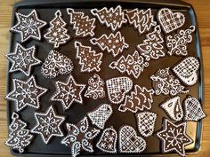 Gingerbread Cookies, Animal Print Rug, Desserts, Christmas, Food, Tips, Gingerbread Cupcakes, Tailgate Desserts, Xmas