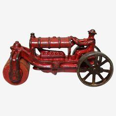 Vintage Wear, Vintage Toys, Cast Iron, It Cast, Dump Truck, Cannon, Cool Toys, Arcade, Tractors