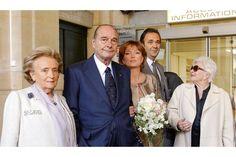 Sortie de la mairie du VIe arrondissement, vendredi 11 février, 11h30. Claude donne le bras à son père. Son mari se tient légèrement en retrait. Line Renaud a séché ses larmes et sourit à son ami.