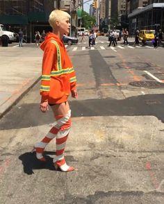 ・・・ is stopping traffic! Construction Theme, Construction Worker, Shingo Sato, Jeremy Scott, Mode Editorials, Editorial Fashion, Fashion Trends, Workwear, Moschino