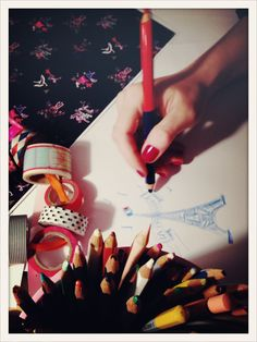 Dessine moi une Tour Eiffel #design #style #inesdelafressangeparis