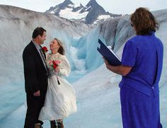 Want to Elope in Alaska? See this guide to the best packages for Alaska elopements and quick but romantic weddings in B&B's and lodges in Alaska. Wedding Places, Wedding Songs, Wedding Locations, Wedding Themes, Wedding Couples, Destination Wedding, Wedding Ideas, Wedding Stuff, Crazy Wedding