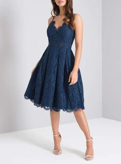 A Guide To Bridesmaids Dresses. Picking bridesmaids gowns is no simple job, but it is among the most interesting and typically the most emotional parts of the wedding planning proc October Wedding Guest Dress, Classy Wedding Guest Dresses, Wedding Dress, Semi Dresses, Gala Dresses, Blue Dresses, Navy Dress Outfits, Fashion Dresses, Stylish Dresses