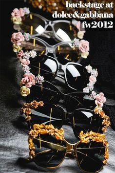 742b6757c88 DIY Floral Sunglasses Dolce   Gabbana