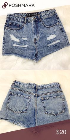 "High Waist Distressed Denim Shorts Pre-loved Size 6 I cut off care tag because it was itchy 😊  Approximate measurements: Waist: 14"" Rise: 11"" Denim Co. Shorts Jean Shorts"