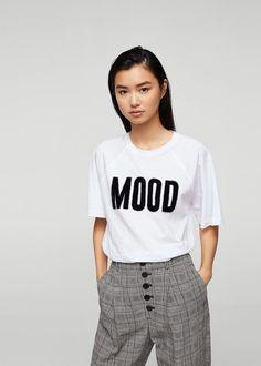 Camiseta detalle pelo - Camisetas y tops de Mujer | MANGO España