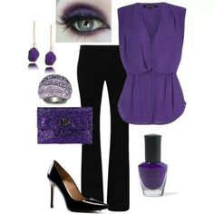 SC: Great outfit - I like the color, cut, v-neck of the top and the pairing with the black pants!
