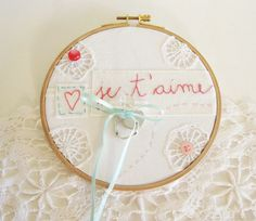 Items similar to ring bearer, Je t'aime, ring pillow, embroidery hoop pillow, boho wedding on Etsy Cute Embroidery, Embroidery Hoops, Marriage Celebrant, Ring Pillows, With Love, Cushion Ring, Ring Bearer, Valentine Crafts, Rings For Men