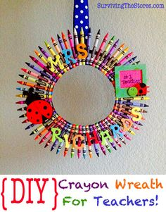 Cute crayon wreath for teacher