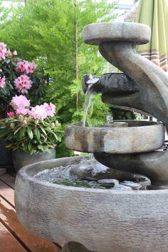 Traditional outdoor water fountain (Al's Garden Center)