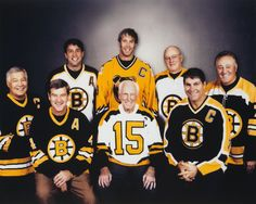 Boston Bruins from different generations. Stars Hockey, Ice Hockey Teams, Hockey Players, Hockey Stuff, Sports Teams, Boston Sports, Boston Red Sox, Patrice Bergeron, Hockey Pictures