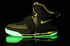 Air Yeezy Glow In The Dark Black Green Shoes