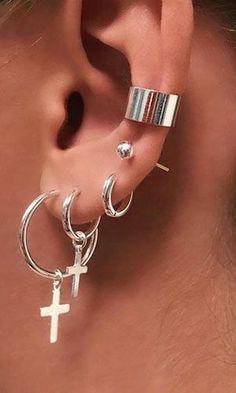 Ear Jewelry, Cute Jewelry, Jewelry Accessories, Jewellery, Diamond Jewelry, Kpop Earrings, Tragus Earrings, Cuff Earrings, Pretty Ear Piercings