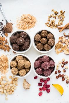 How to make fruit & nut energy bites freeze dried fruit, healthy fats, healthy Smoothies, Dog Food Recipes, Healthy Recipes, Healthy Baking, Freeze Dried Fruit, Crockpot, Health Breakfast, Energy Bites, Healthy Fats