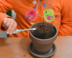 began by filling thier pots of the way with dirt then drop in Candy Cane Seed ( 1 piece of peppermint candy) then cover with more dirt. Then water the pot. Easy Christmas Crafts For Toddlers, Preschool Christmas, Toddler Crafts, Kids Christmas, Kids Crafts, Diy Christmas Ornaments, Christmas Candy, Simple Christmas, Candy Cane Crafts