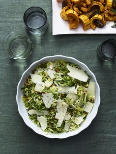 Shaved Brussels Sprouts Salad #thanksgiving #holiday #family #sides #healthy #salad