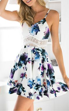 floral dresses,dresses outfits,casual dresses,floral print dresses,chic