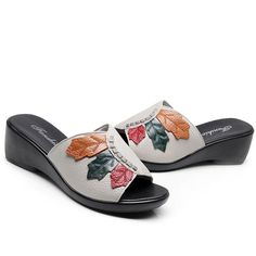 Who doesn't absolutely adore cute wedges?, see our fabulous collection of zip-back and shoulder strap wedges for each time! Brown Wedges Outfit, Women's Shoes Sandals, Shoe Boots, Barefoot Sandals Wedding, Cute Wedges, Womens Slippers, Types Of Shoes, Wedge Heels, Designer Shoes