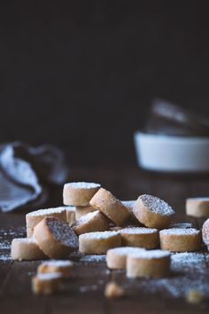 Ricciarelli (Italian Almond Cookies) Recipe by HonestlyYUM Noel Christmas, Christmas Cookies, Christmas Treats, Cookie Recipes, Dessert Recipes, Desserts, Italian Almond Cookies, Biscuits, Food Processor Recipes