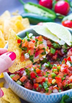 The BEST salsa ever! Wait till you see what's inside this salsa. Only minutes to make and is so good over grilled chicken, tacos, fish, burritos, quinoa | llittlebroken.com @littlebroken