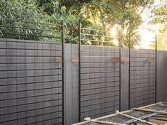 17 DIY Garden Fence Ideas to Keep Your Plants - Alles über den Garten Metal Garden Trellis, Wire Trellis, Trellis Fence, Diy Garden Fence, Garden Privacy, Backyard Fences, Trellis Ideas, Privacy Trellis, Garden Fence Panels