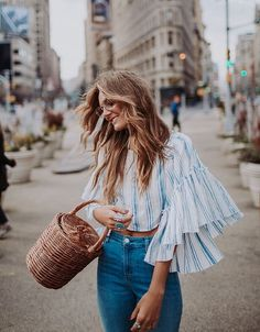 64 Boho Chic Outfits to Improve Your Style - Fashionetter Style Outfits, Cute Outfits, Fashion Outfits, Fashion Trends, Dress Fashion, Bell Sleeve Top Outfit, Spring Summer Fashion, Spring Outfits, Mode Kawaii