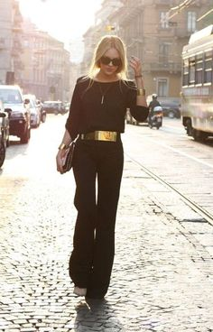 All black with that gold belt - so classy.