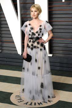 Pin for Later: 32 Robes Dignes du Plus Beau Jour de Votre Vie Qu'on a Repéré Sur le Tapis Rouge Pour la Mariée Dramatique Emma Roberts portant une robe signée Yanina Couture à la soirée Vanity Fair.