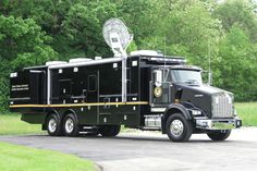Executive Office of the US Attorney, Washington DC Kenworth T800 LDV Mobile Command Center.