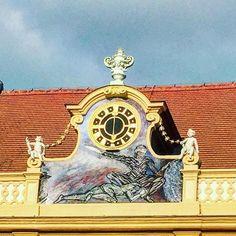 Baroque times in Melk Abbey. . . #gotiktour #stiftmelk #jakobsweg #bike2stars