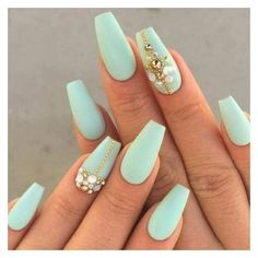 Coffin shape nail art designs have been favored by women. The popularity of artistic design of coffin nails has never decreased. Both long and short nails are suitable for coffin shape nails. Today, we have collected 40 elegant coffin nail art desi Gold Nails, Matte Nails, Fun Nails, Metallic Nails, Lexi Nails, Sparkly Nails, Oval Nails, Nice Nails, Glitter Nails