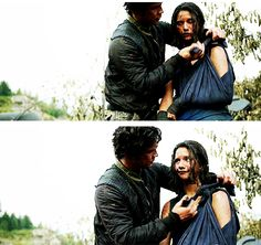 The 100 - Bellamy and Mel #2.4 #Season2...nothing better happen between them.... Im serious. I will throw a fit!
