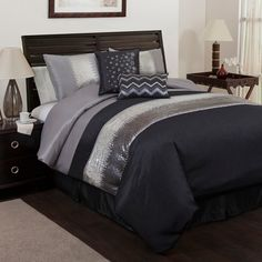 Lush Decor Night Sky California King 6 Piece Bed In A Bag - The Home Decorating Company has the Best Sales & Prices on the Lush Decor Night Sky California King 6 Piece Bed In A Bag Modern Comforter Sets, King Comforter Sets, Queen Bedding Sets, Gray Comforter, Weighted Comforter, How To Clean Pillows, Bedding Collections, Luxury Bedding, Bedroom Decor