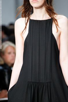 Vera Wang (Spring-Summer 2015) R-T-W collection at New York Fashion Week (Details)  #NewYork #VeraWang