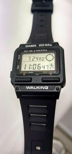 Casio J-52W walking Casio Vintage Watch, Casio Watch, Retro Watches, Vintage Watches, Timex Watches, Wrist Watches, Game & Watch, Digital Watch, Clock