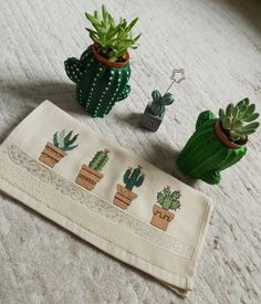 Cactus, Diy And Crafts, Arts And Crafts, Bargello, C2c, My Works, Cross Stitch Patterns, Origami, Wraps