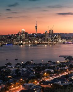 Sundown in Auckland [OC] #city #cities #buildings #photography