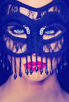 BY Stefan Bourson you will know my love how much I love you, how much you want? Halloween Face Makeup, Bling, My Love, Models, Jewel