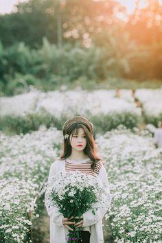 Love Photos, Girl Photos, Japanese Countryside, Korean Girl Photo, School Girl Japan, Cute Baby Girl Pictures, Girl Korea, Girl Swag, Girl Photography Poses