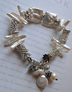ON SALE chunky charm bracelet mabe pearl bracelet от soulfuledges