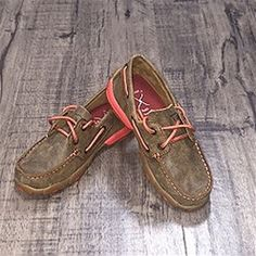 A Western Edge Exclusive This Twisted X womens driving Moc with Coral Lacing is…
