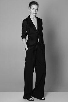 Natalia Vodianova & Clement Chabernaud For Theory Spring-Summer 2015 Ad Campaign - Minimal. Natalia Vodianova, Moda Minimal, Fashion News, Fashion Beauty, Uk Fashion, Cheap Fashion, High Fashion, Vogue Portugal, Style Masculin
