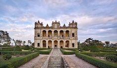 A Romantic Destination Wedding at a Top Wedding Villa in Italy
